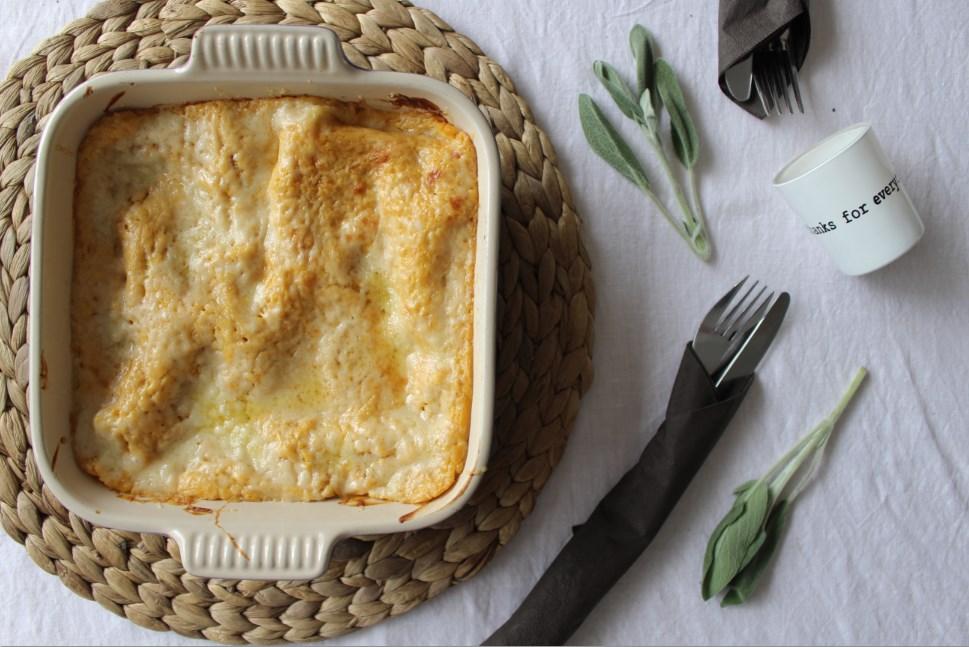 butternut lasagne met bospaddestoelen en gruyere klaar