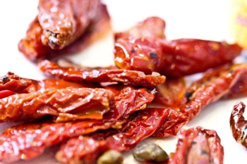 Die getrockneten Tomaten