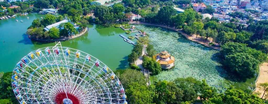 Dam Sen Waterpark is one of the largest and most modern cultural parks in Vietnam.(Vietnam Amusement Parks)