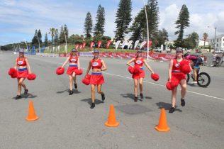 Algoa FM cheerleaders