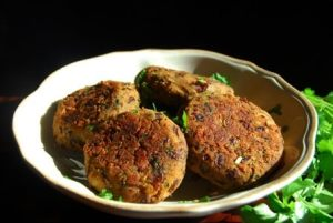 Red Kidney Bean Fritters - Spicy Vegan Recipe