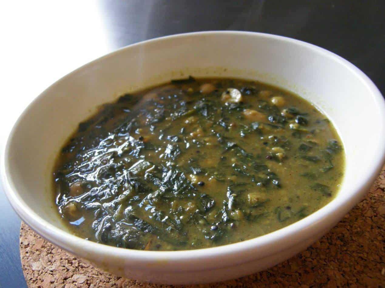 arbi patta curry