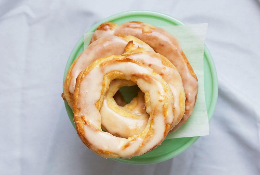 Pâte à Choux (Éclair) Donuts