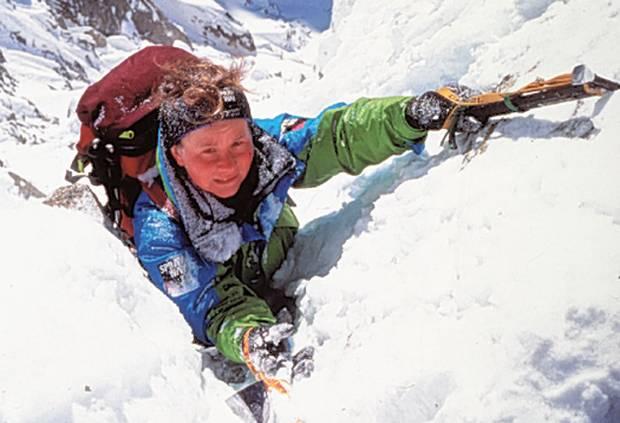 Climbing Girls 04-Alison