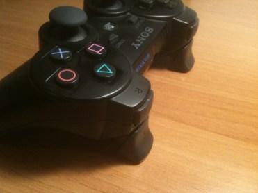 Gachette PS3 Gioteck (2)
