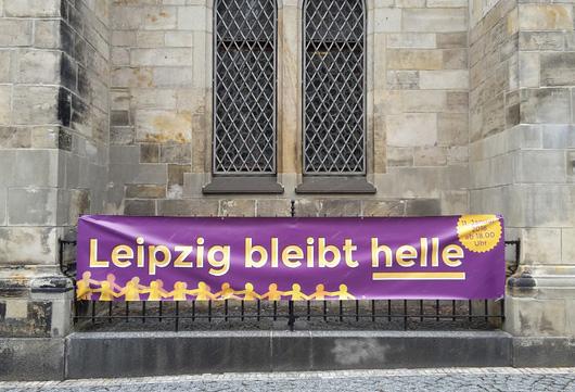 Leipzig bleibt helle – Lichterkette um den Ring