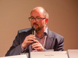 Bei der Podiumsdiskussion: Daniel Bax, Redakteur für Migration und Integration, taz; Foto: Andreas Reichelt