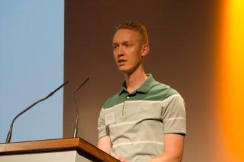 Peter Niemann, Vorsitzender des Bürgervereins Gohlis e. V. eröffnet als Gastgeber die Veranstaltung; Foto: Andreas Reichelt