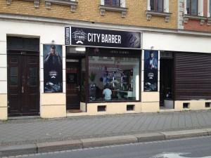 City Barber in der Georg-Schumann-Straße 139; Foto: Matthias Reichmuth