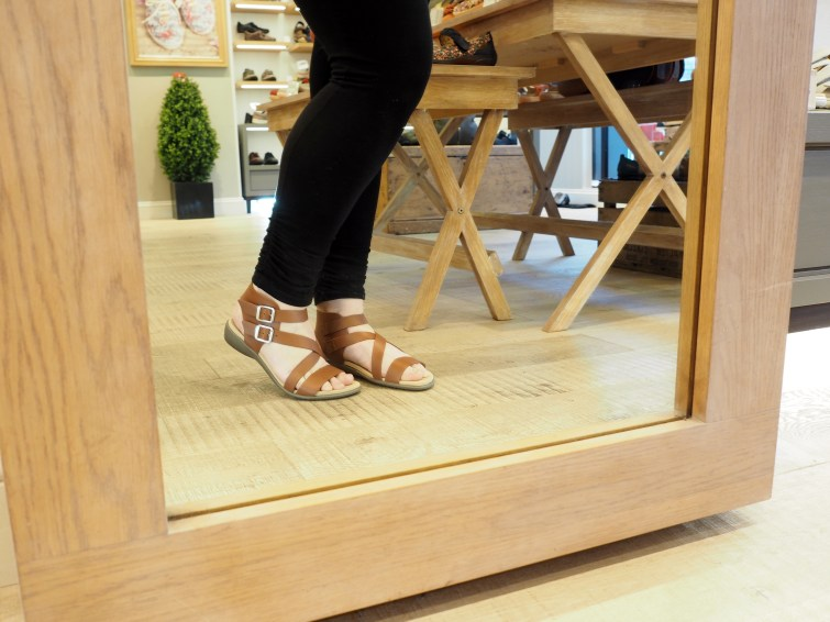 Hotter Sun Sandal in tan