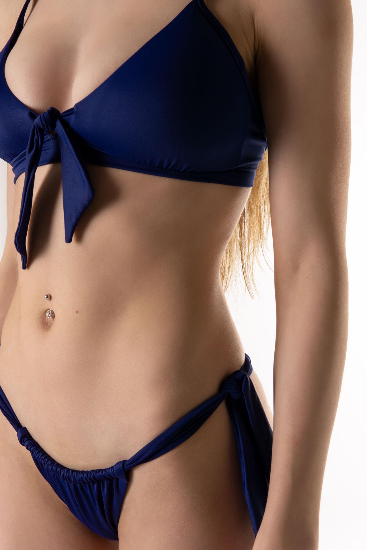 Braga bikini brasileña lazos detalle