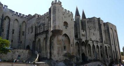 Go Languedoc Avignon France Tourism Information Guide