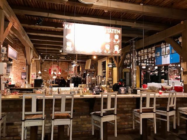 Eine Café-Bar in Karls Erlebnisdorf