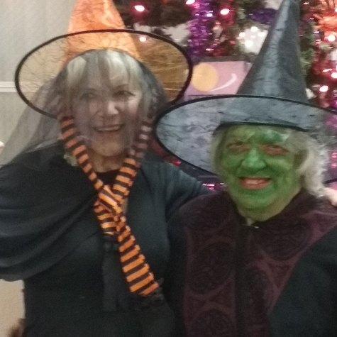Seniors dressed up for halloween