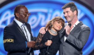Simon Cowell's 'one wish' is to work with 'American Idol' judges Paula Abdul and Randy Jackson again, he tells Kelly Clarkson