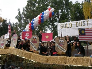 The Gold Dust Potatoes crew and their Klamath Basin Potato Festival float