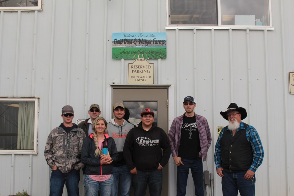KCC's ARE 221 Ag Marketing class from left to right: Johnathan Rohrbacker, John-Rian Watson, Christina Wallace, Allen Hess, Johnathan Lopez, Ty Rajnus and Keith Duren in front of Gold Dust's Malin, OR packing shed.