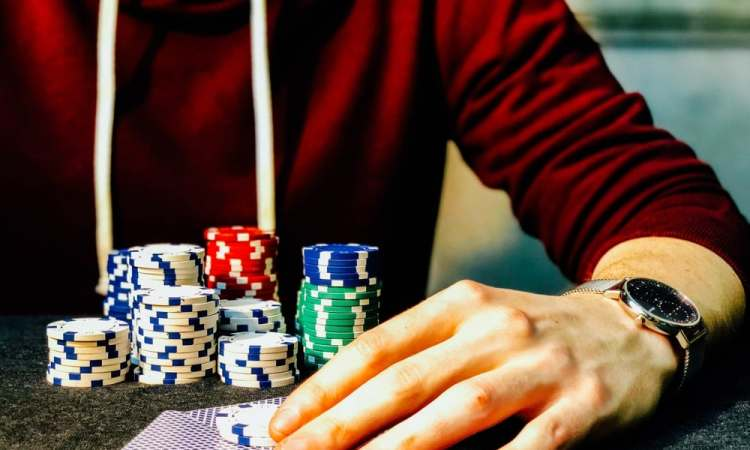 Poker Player Wear Sunglasses and Hoodies
