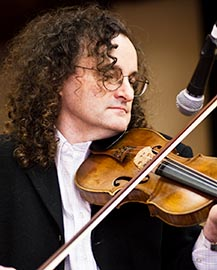 PODCAST: World-renowned fiddle player and artistic director of the Masters of Tradition Festival, Martin Hayes PODCAST: World-renowned fiddle player and artistic director of the Masters of Tradition Festival, Martin Hayes\