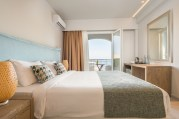 golden-mare-room-services-and-facilities-new