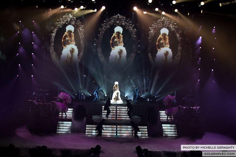 J-Lo at O2 19 Oct 2012-3156