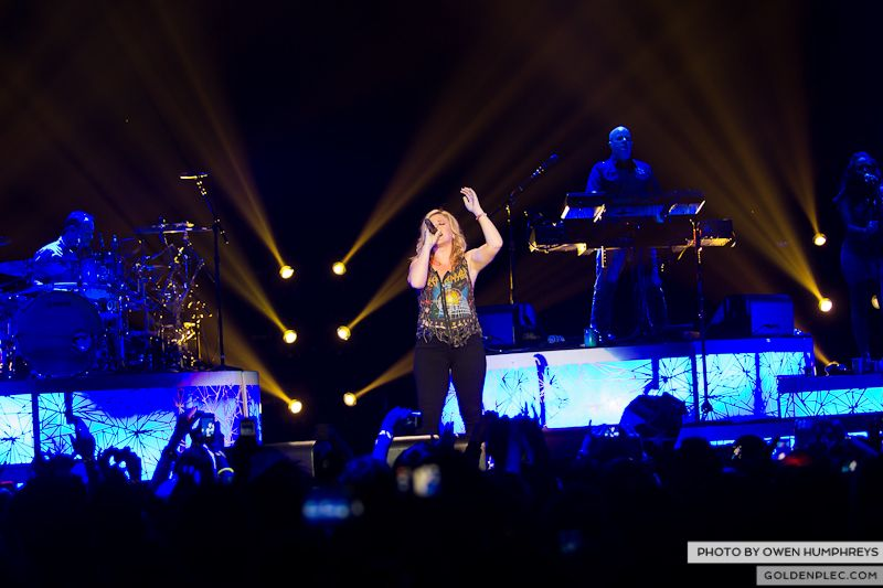 Kelly Clarkson @ The O2  by Owen Humphreys-17
