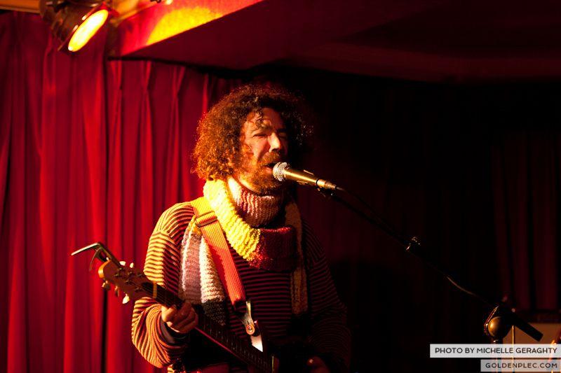 18 Nov 2012 – Si Schroeder at Whelans-4332