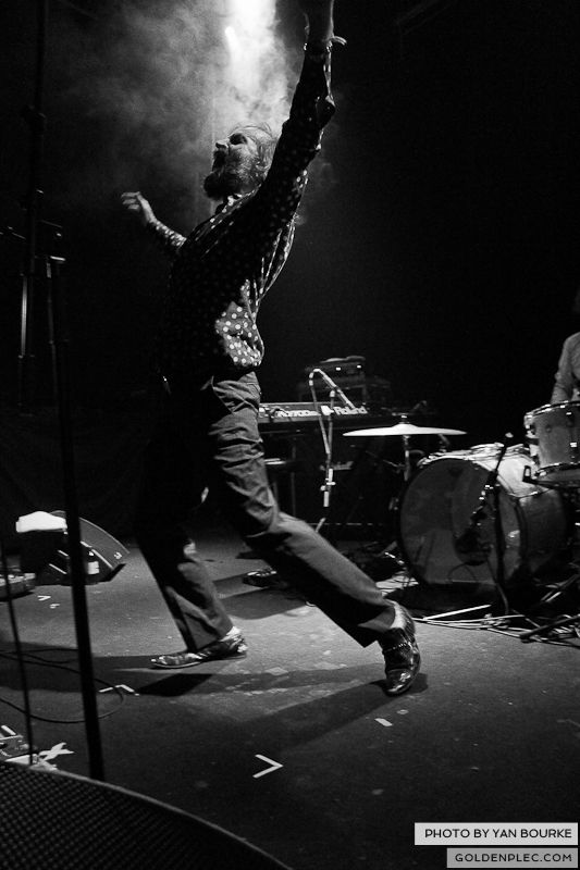 Dirty Three in the Button Factory on 23-11-2012 by Yan Bourke_08