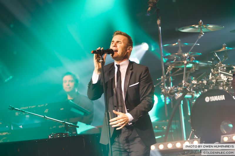 Gary Barlow @ The Olympia on 7-1-13 (2)