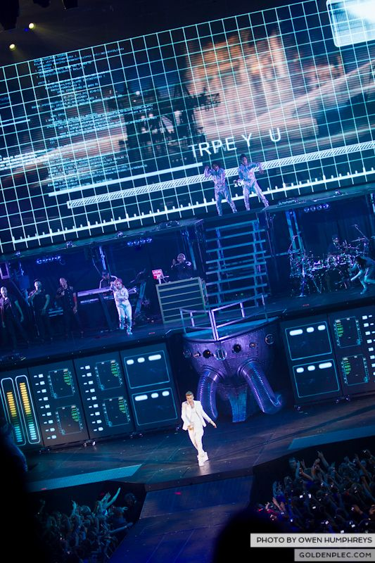 Justin Bieber @ The o2 on 17-2-13 (19)