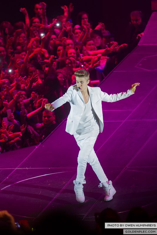 Justin Bieber @ The o2 on 17-2-13 (7)