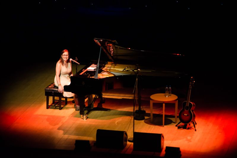 Iris Dement at NCH on 08-08-13 (13)
