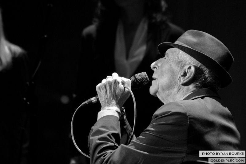 Leonard Cohen In The O2 by Yan Bourke on 110913_09