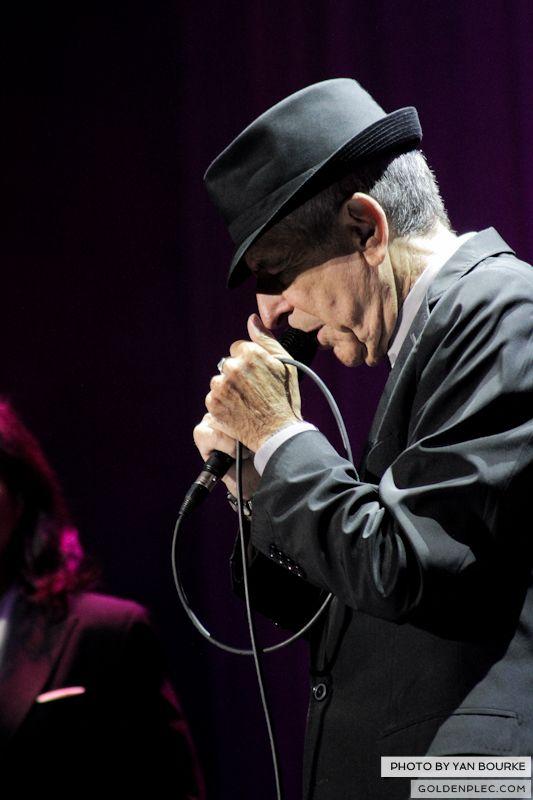 Leonard Cohen In The O2 by Yan Bourke on 110913_12