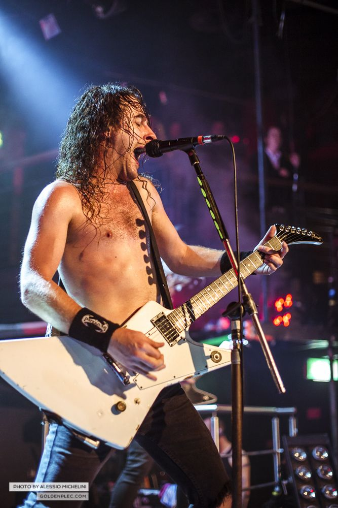 Airbourne-Academy-22-oct-2013-10