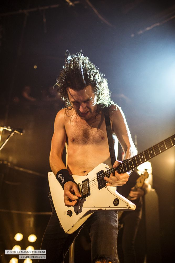 Airbourne-Academy-22-oct-2013-3