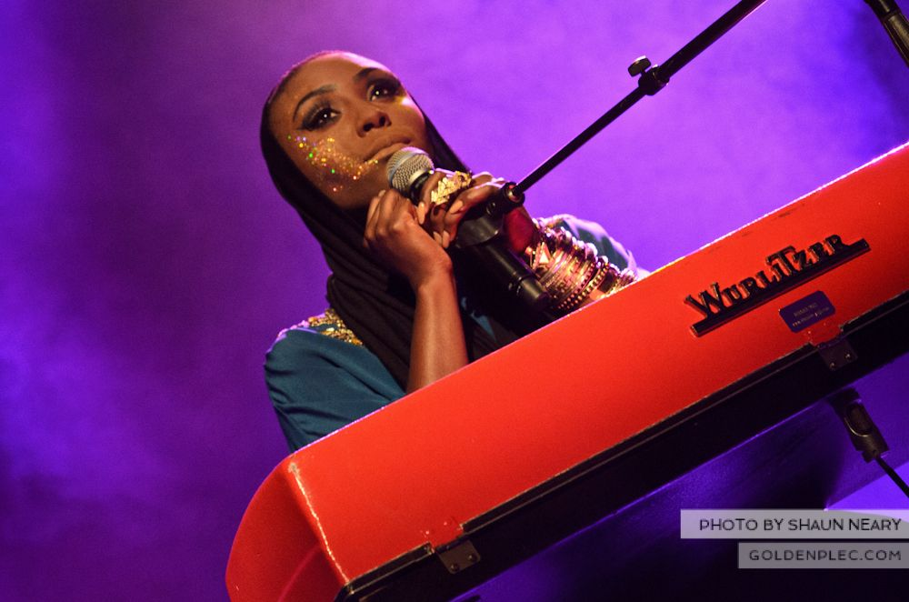 Laura Mvula at The Olympia Theatre on October 12th 2013-06