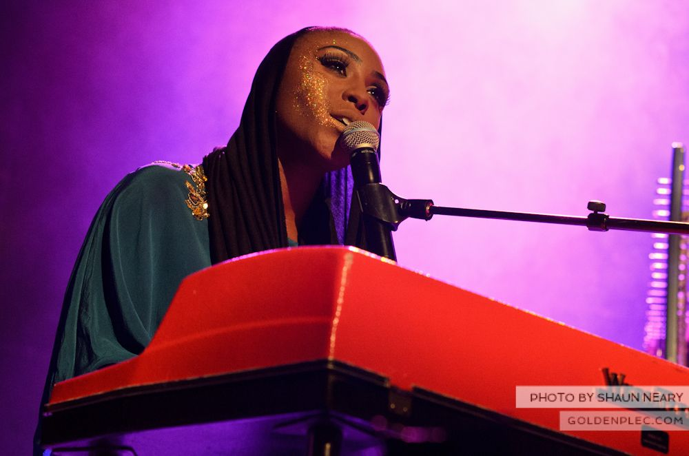 Laura Mvula at The Olympia Theatre on October 12th 2013-07