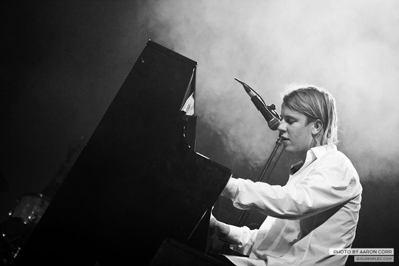 Tom Odell_Olympia_02-11-13-1445
