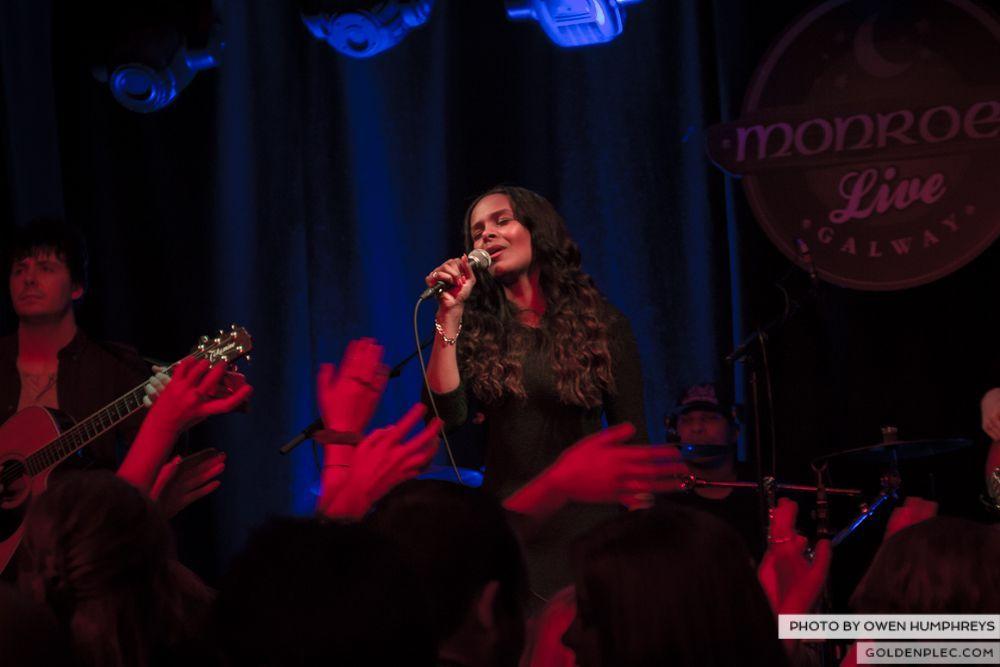 Samantha Mumba at Monroe's, Galway on 21-2-14 (10 of 16)