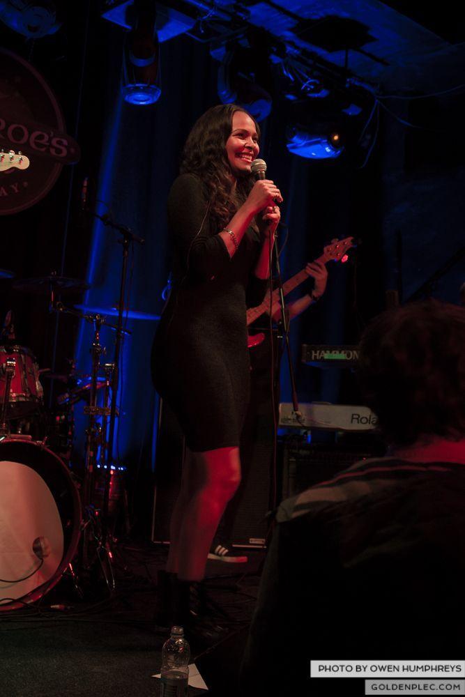 Samantha Mumba at Monroe's, Galway on 21-2-14 (11 of 16)