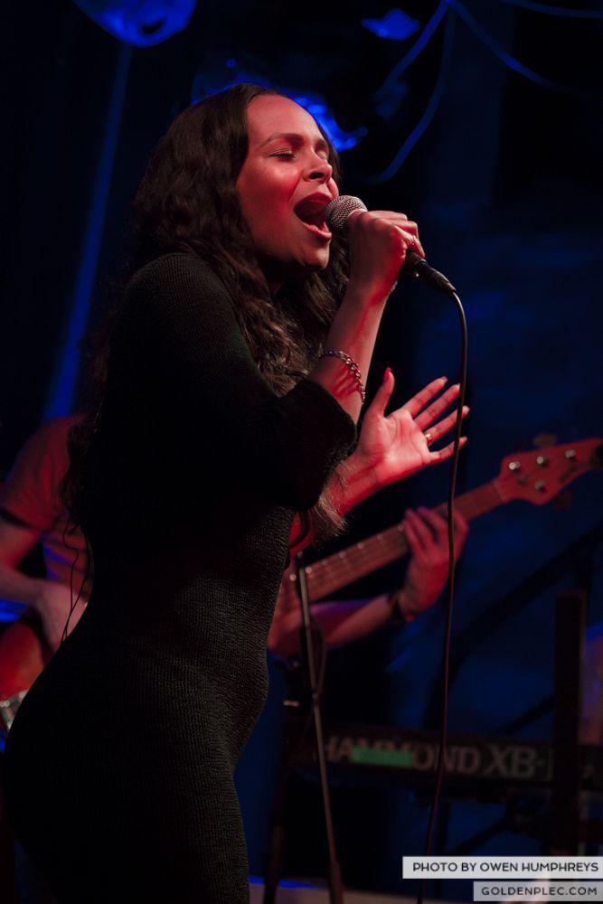 Samantha Mumba at Monroe's, Galway on 21-2-14 (9 of 16)