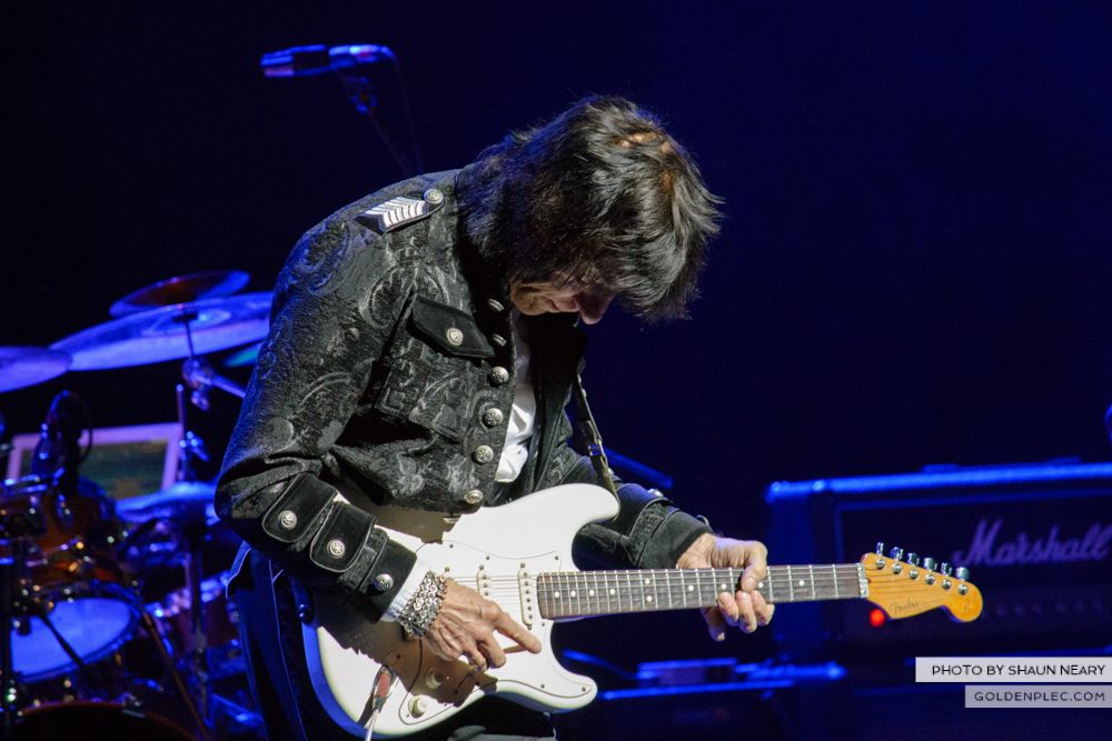 Jeff Beck at The Olympia Theatre, Dublin on May 21st 2014 by Shaun Neary-06