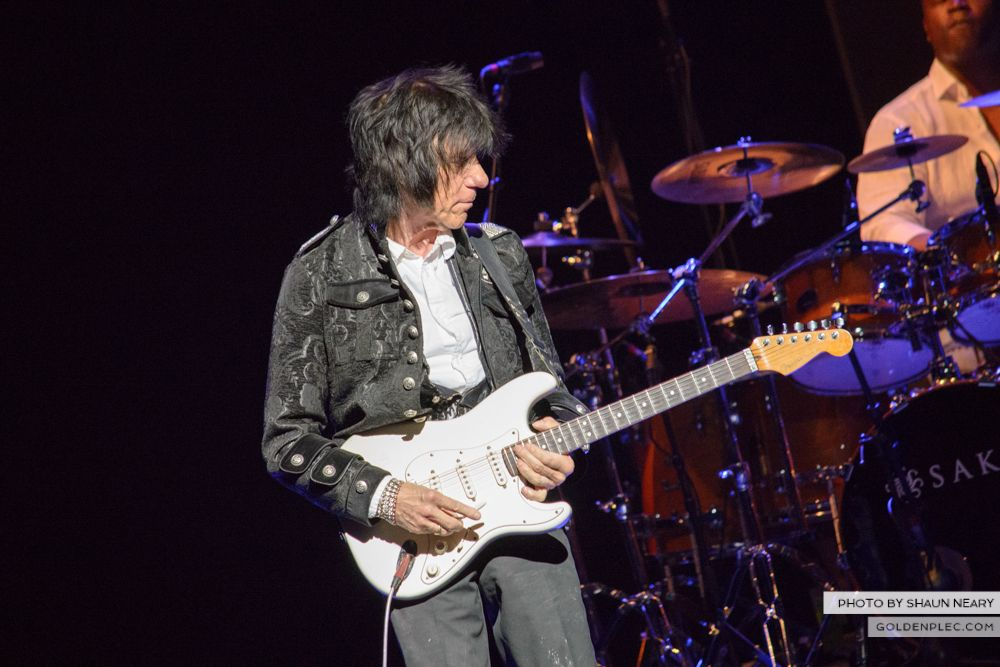 Jeff Beck at The Olympia Theatre, Dublin on May 21st 2014 by Shaun Neary-12