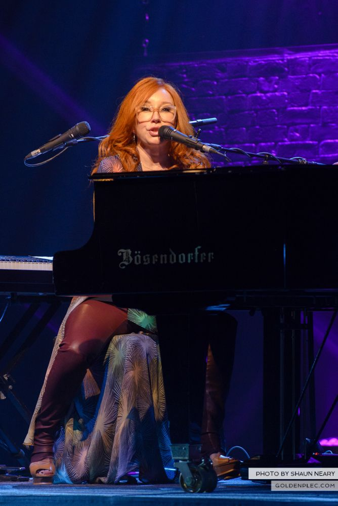 Tori Amos at The Olympia Theatre, Dublin on May 7th 2014 by Shaun Neary-06