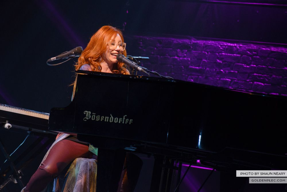 Tori Amos at The Olympia Theatre, Dublin on May 7th 2014 by Shaun Neary-10