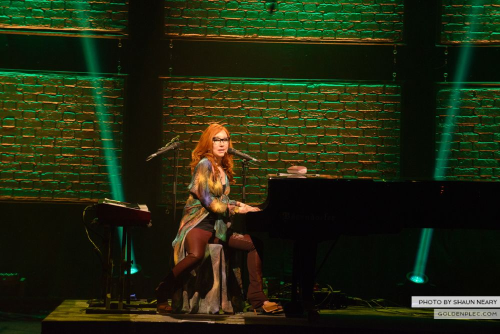 Tori Amos at The Olympia Theatre, Dublin on May 7th 2014 by Shaun Neary-12