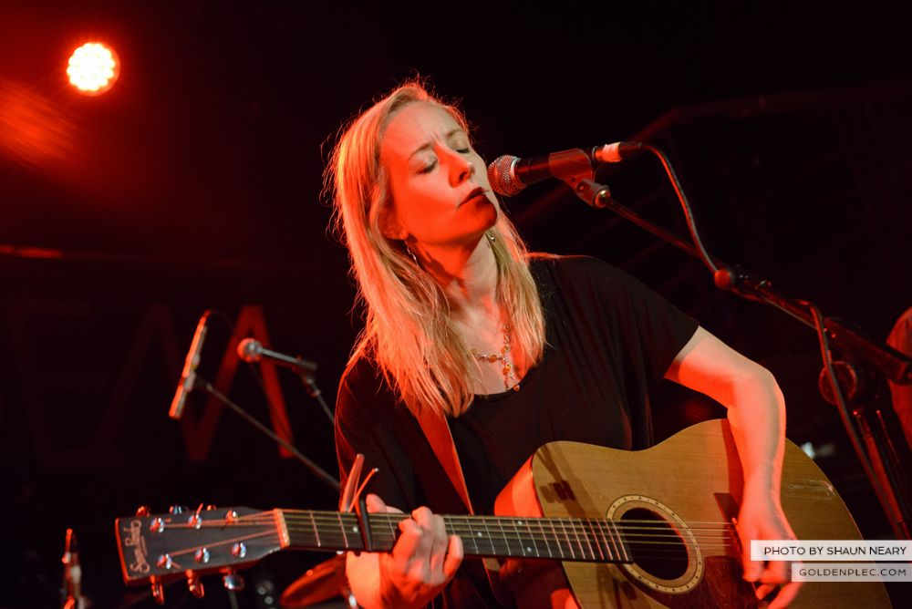 Alice Jago at The Academy, Dublin on June 7th 2014 by Shaun Neary-8