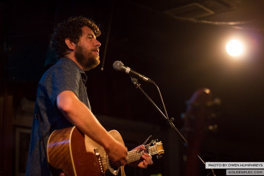 Declan O'Rourke at Roisin Dubh – Galway Arts Festival (2 of 12)