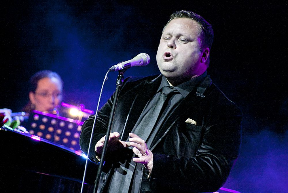 Paul Potts at The Olympia by Abraham Tarrush (4)